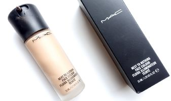 Foundation review - MAC Cosmetics Next to nothing face colour