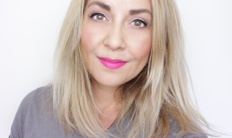 Tutorial - Bright pink lips