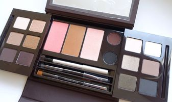Kerstcadeau tip - Laura Mercier Masterclass Colour Essentials 2nd edition