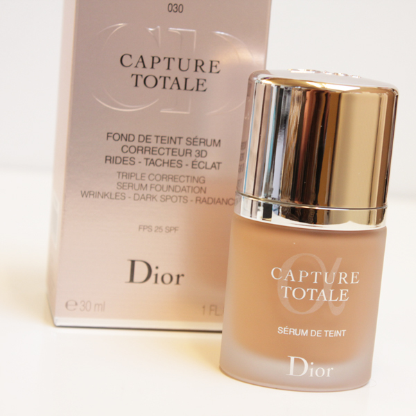 dior capture totale foundation nieuw verbeterd ideaal voor 40 dames beautyscene. Black Bedroom Furniture Sets. Home Design Ideas