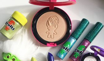 1e LiveVideo op Facebook : MAC Good Luck Trolls eerste indruk & review