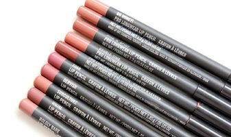 Debbie's favorieten - nude lip pencils van MAC, Charlotte Tilbury & Laura Mercier