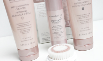 Clarisonic Sonic radiance brightening solution - nu ook met een exfoliant
