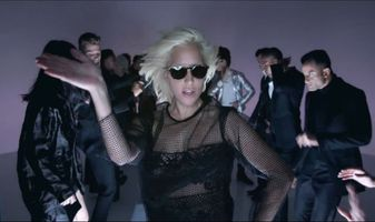 Lady Gaga stript voor Tom Ford?
