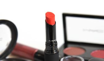 MAC Styleseeker - foto's, review, swatches en een look