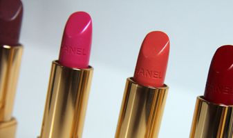 Chanel Rouge Allure lipsticks & nagellak swatches