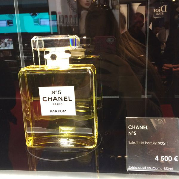 Chanel To Launch 900ml Parfum Version Of No 5 For Holidays