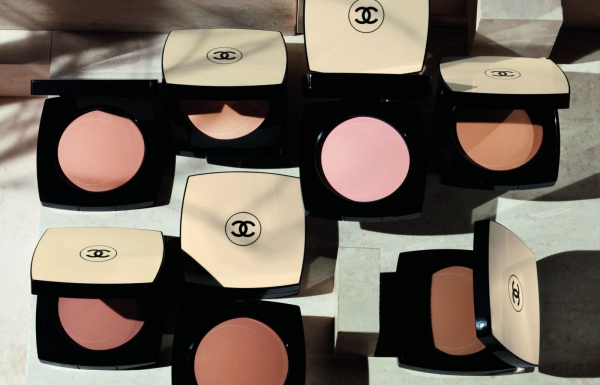Les Beiges de Chanel - healthy glow sheer powder - Beautyscene