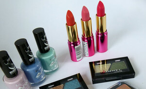 Rimmel London's 2011 Colour Collection, swatches en reviews