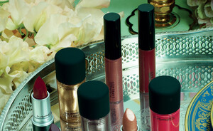 MAC Indulge collectie - NL release 7 september 2013