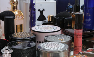 Video - Debbie's stash - Guerlain highlights & sneak peek herfst make-up 2013