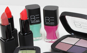 BE Creative Make Up exclusief bij ICI Paris XL - review & swatches