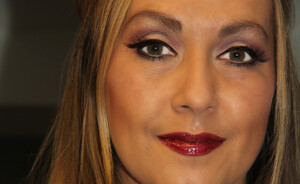 NYE look - Adele inspired with Sisley bordeaux lips