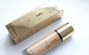 Foundation review - Yves Saint Laurent Touche Éclat Le Teint foundation (vernieuwd)