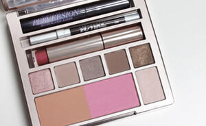 Urban Decay Naked on the run palette - review & swatches