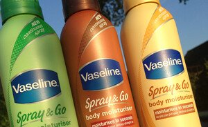Zomerse musthave - Vaseline Spray & Go Moisturizers
