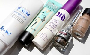 Musthaves op vakantie - Supergoop City Serum SPF30, Urban Decay All Nighter & Benefit The Porefessional