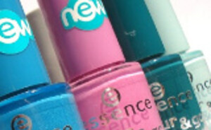 Essence Colour & Go nagellakjes!