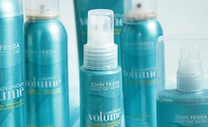Volume alsof je van de kapper komt met John Frieda Luxurious Volume