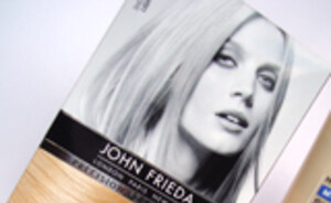 Testpanel : Blond haar met John Frieda Precision Foam Colour