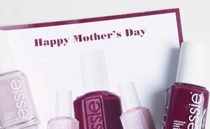 Happy Mother's day - win een Essie nagellak setje op Instagram