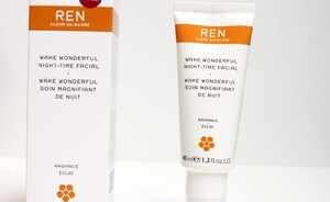 Lekker voor je huid - REN Wake wonderful night-time facial
