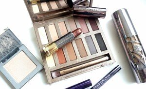 Urban Decay Naked Ultimate Basics palette - swatches & review
