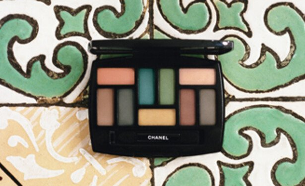 /ckfinder/userfiles/images/Beautyscene/Artikelen/2017/December%202017/011217/Chanel-Neapolis-collection-2018-thumb.jpg