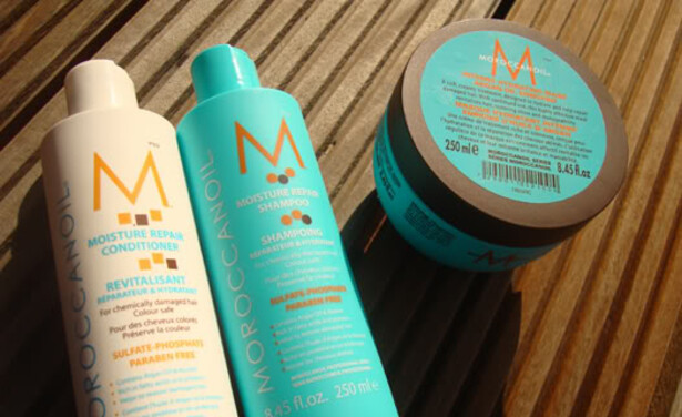 /ckfinder/userfiles/images/Beautyscene/Artikelen/December%202014/181214/ReviewMoroccanoil1.jpg
