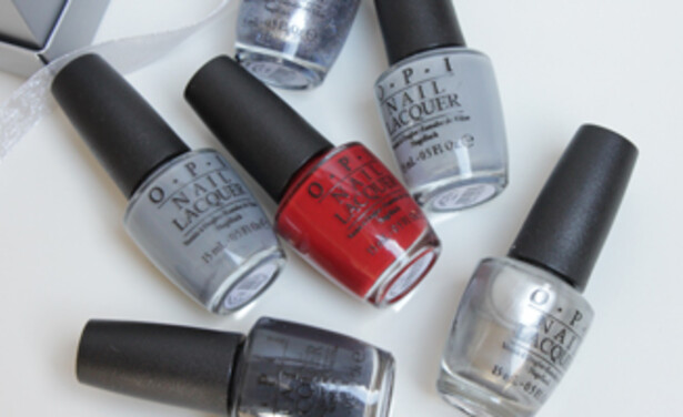 /ckfinder/userfiles/images/Beautyscene/Artikelen/Januari%202015/110115/OPI-fifty-shades-of-grey-review-swatches-thumb.jpg