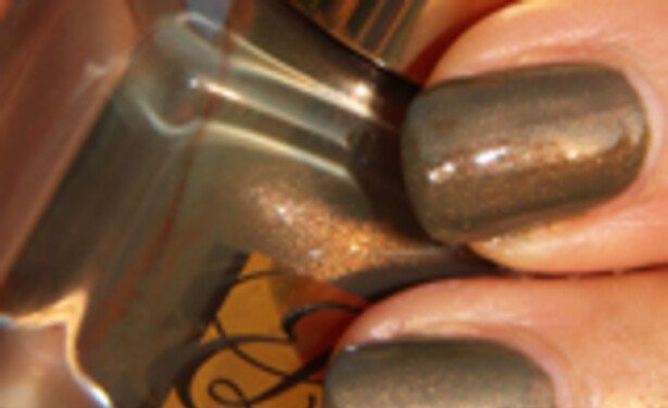/ckfinder/userfiles/images/Beautyscene/Artikelen/September%202011/050911/NOTD-EL-Metallic-Sage-thumb.jpg